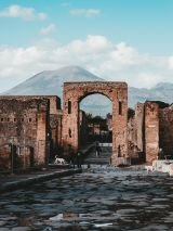 Wonders of Rome & Pompeii for Single Travellers